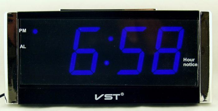 VST-731T-5 Говорящие, Электронные сетевые часы
